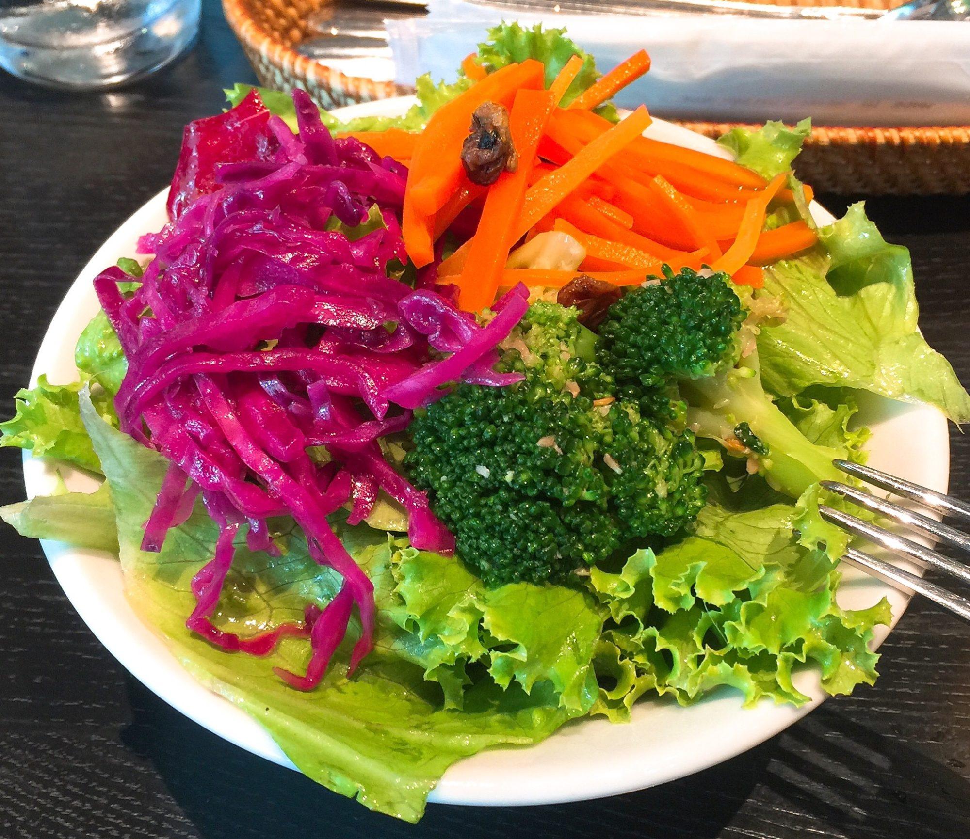 ダイエットサラダの食べごたえには,ポテトではなくブロッコリーを.ポテサラはサラダ界の異端児だと思う.