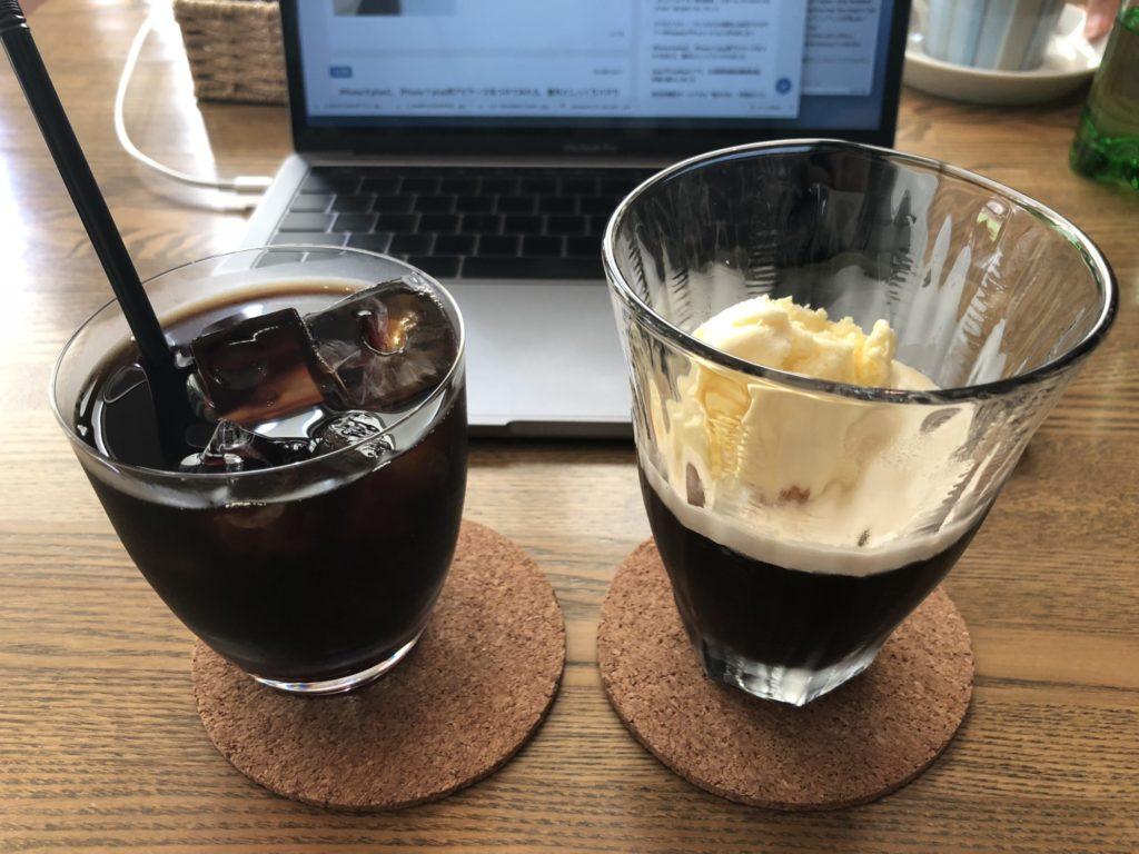 自由が丘の電源カフェ[ラジオ・プラント]で妻とPC作業してきました.水出しコーヒーがとても美味しいです