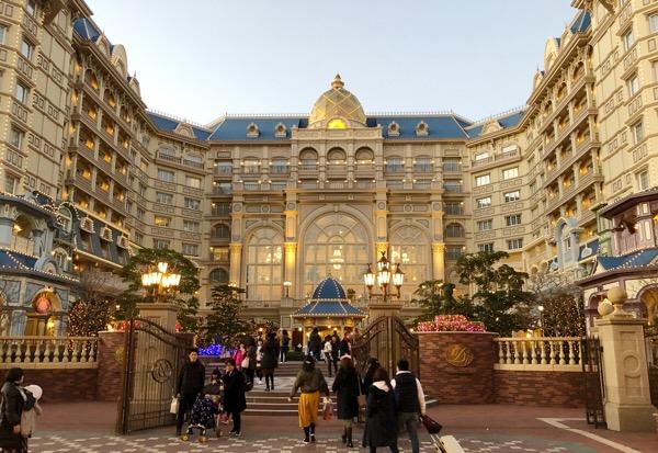 東京ディズニーランドホテルは無料Wi-Fi完備|パスワードは客室のテレビで確認できます