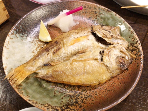 焼き魚のざっくりカロリー計算は300kcal/100g|金沢で美味しいのどぐろを頂きました