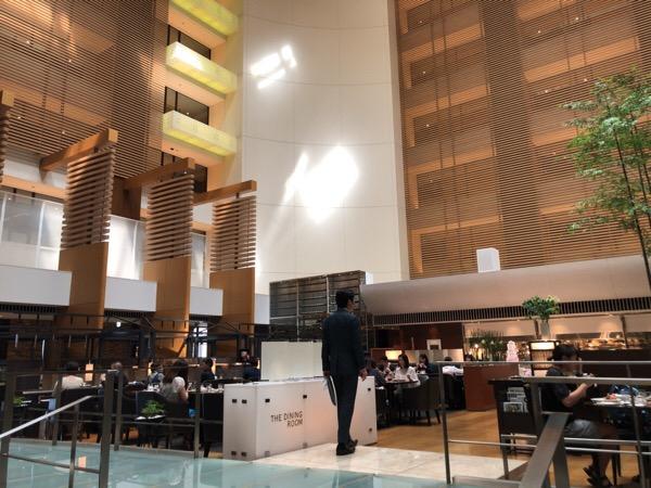 ストリングスホテル東京インターコンチネンタルラウンジの番茶マスカットがとても美味しい|番茶革命とマスカット革命が同時に起こります
